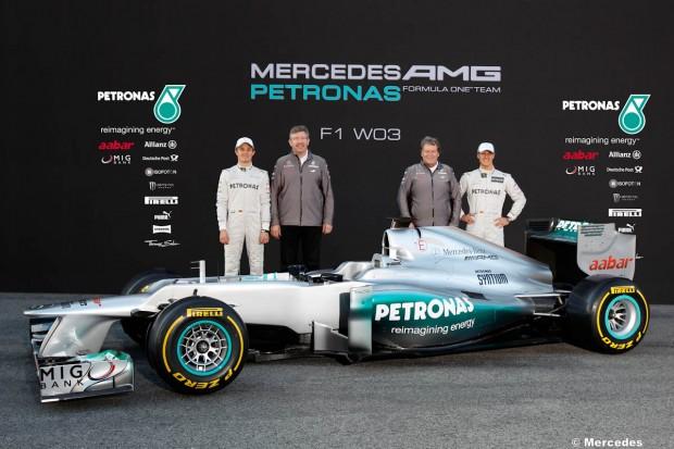 """حلبة """"نوربرغرينغ"""" تأمل استضافة سباق فورمولا -1 الألماني large-%D8%AD%D9%84%D"""