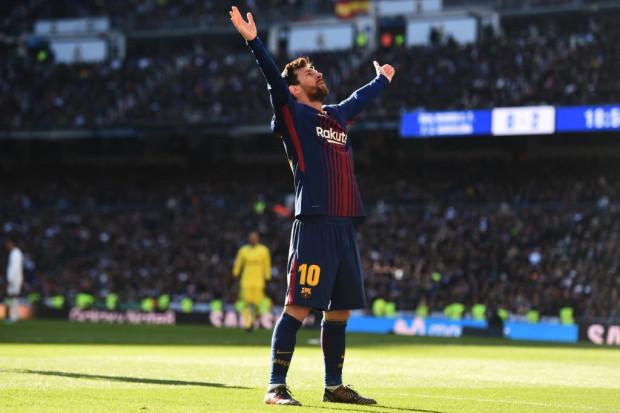 """برشلونة يحسم موقعة """"الكلاسيكو"""" بثلاثية و يبتعد أكثر في الصدارة large-130776%D8%A8%D"""