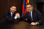"""بارتوميو: """"ميسي وكوادر برشلونة قرروا تخفيضا آخر في أجورهم لصالح عمال النادي"""""""