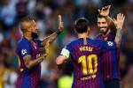 برشلونة يخطط لتمديد عقد نجم الفريق ويرفض بيعه