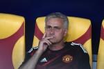 مورينيو ينقل أخبارا سيئة لجماهير مانشستر يونايتد