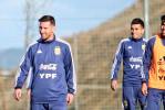 ميسي يخطف الأنظار في معسكر المنتخب الأرجنتيني