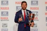 ميسي يتوج بجائزتي أحسن لاعب وهداف في الدوري الإسباني