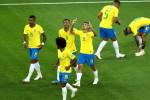 البرازيل تنجر نحو التعثر رغم هدف كوتينيو الرائع