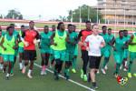 بالفيديو: نجم المنتخب الطوغولي يحدد نقطة ضعف الخضر وواثق من الفوز